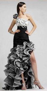 Вечернее платье с асимметричной пышной юбкой